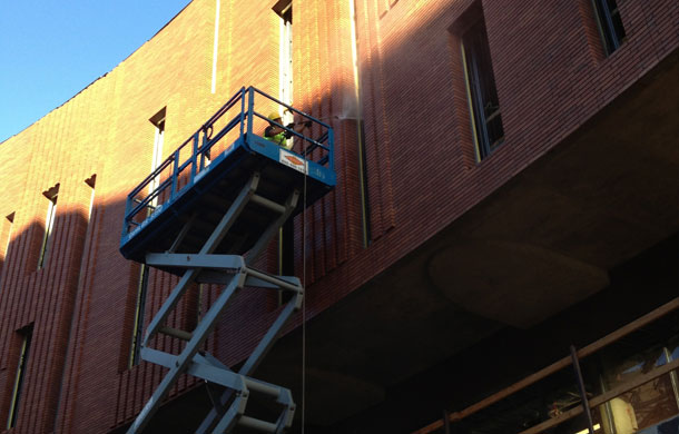 commercial-building-washing-avondale