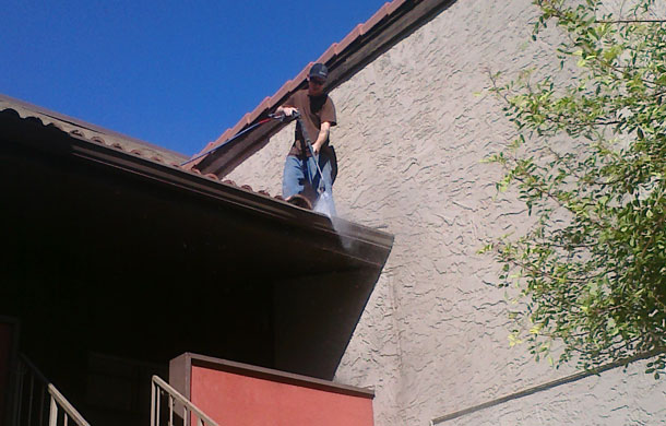 commercial-gutter-cleaning-avondale